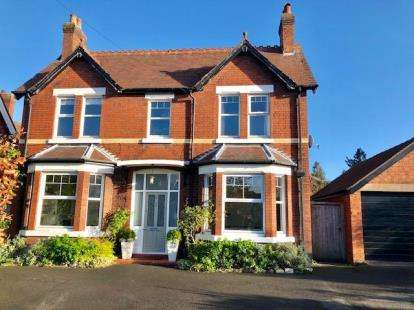 4 Bedrooms Detached House for sale in Church Road, Alsager, Stoke-on-Trent, Cheshire