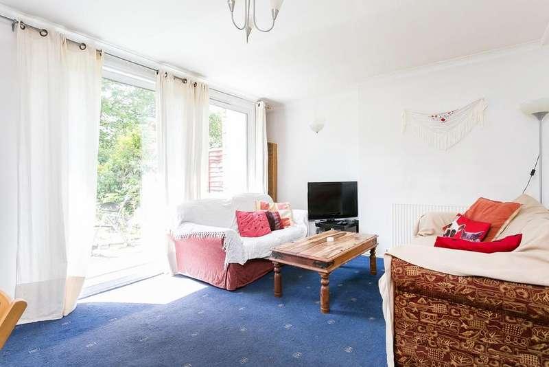 3 Bedrooms Maisonette Flat for sale in Portelet Road, Bethnal Green, E1