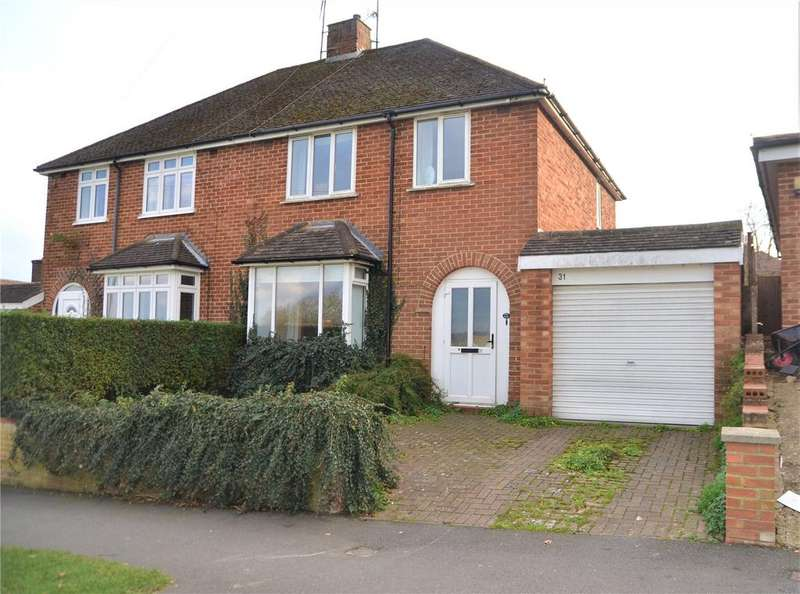 3 Bedrooms Semi Detached House for sale in Links Drive, Tilehurst, Reading, Berkshire, RG30