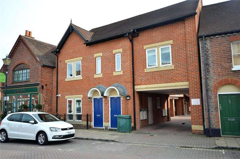 2 Bedrooms Apartment Flat for sale in High Street, Theale, Reading, Berkshire, RG7