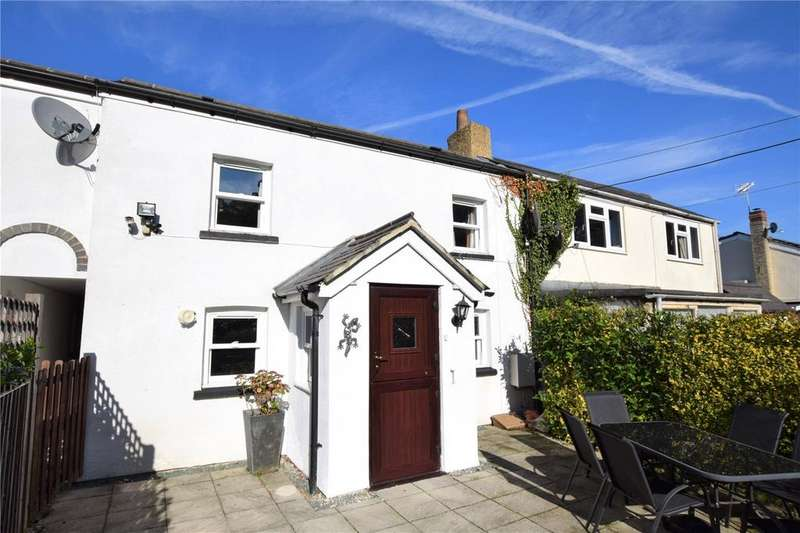 3 Bedrooms Terraced House for sale in Bunces Lane, Burghfield Common, Reading, Berkshire, RG7