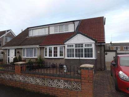 3 Bedrooms Bungalow for sale in Croft Avenue, Golborne, Warrington