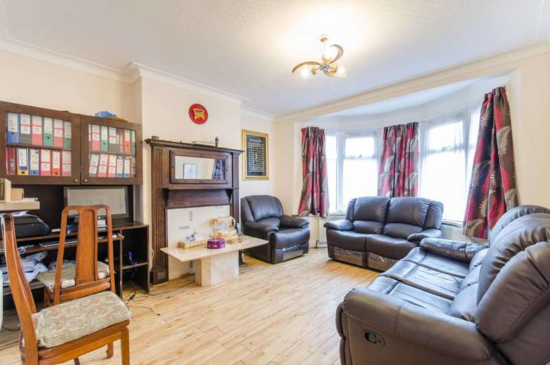 3 Bedrooms Terraced House for sale in Dollis Hill Lane, Dollis Hill, NW2