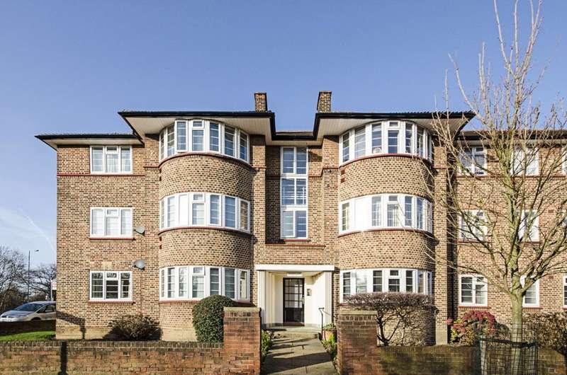 3 Bedrooms Flat for sale in Beaufort Park, Hampstead Garden Suburb, NW11