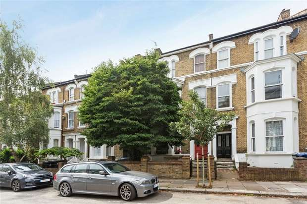 2 Bedrooms Flat for sale in Burlington Gardens, Acton
