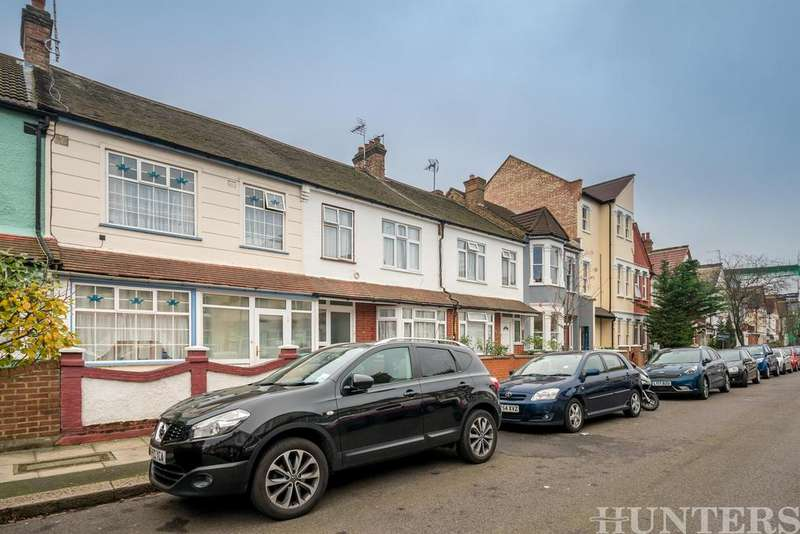 3 Bedrooms Terraced House for sale in Lealand Road, N15