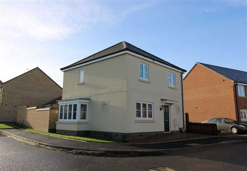 3 Bedrooms Detached House for sale in Foxglove Avenue, Thurnby