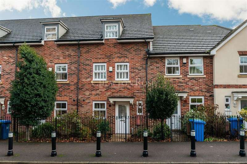3 Bedrooms Town House for sale in Ascot