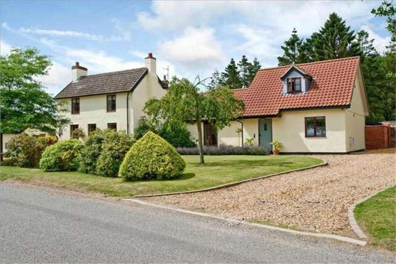 5 Bedrooms Detached House for sale in Scoulton Road, NR17 1UW, Rockland St Peter, ATTLEBOROUGH, Norfolk