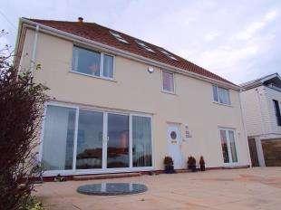 3 Bedrooms Detached House for sale in Salisbury Road, St. Margarets Bay, Dover, Kent