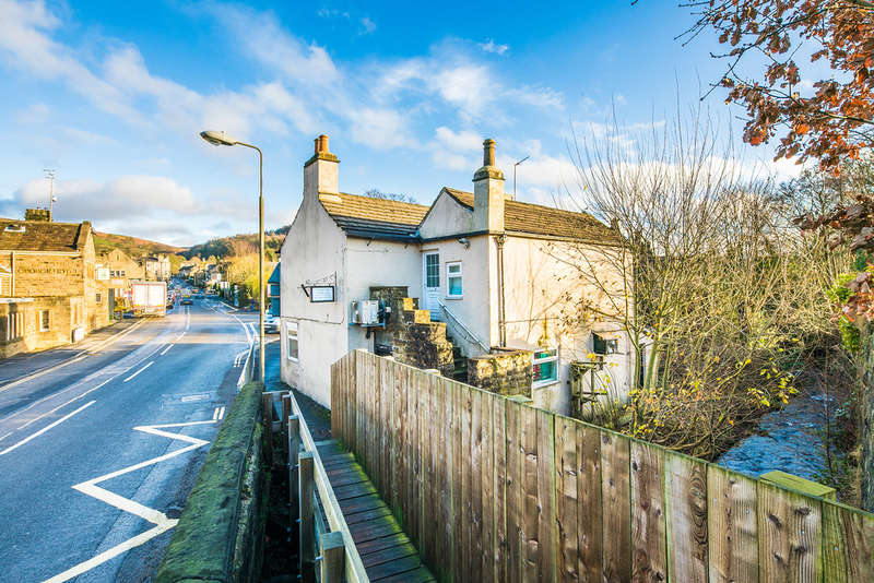 1 Bedroom Flat for sale in Main Road, Hathersage, Hope Valley