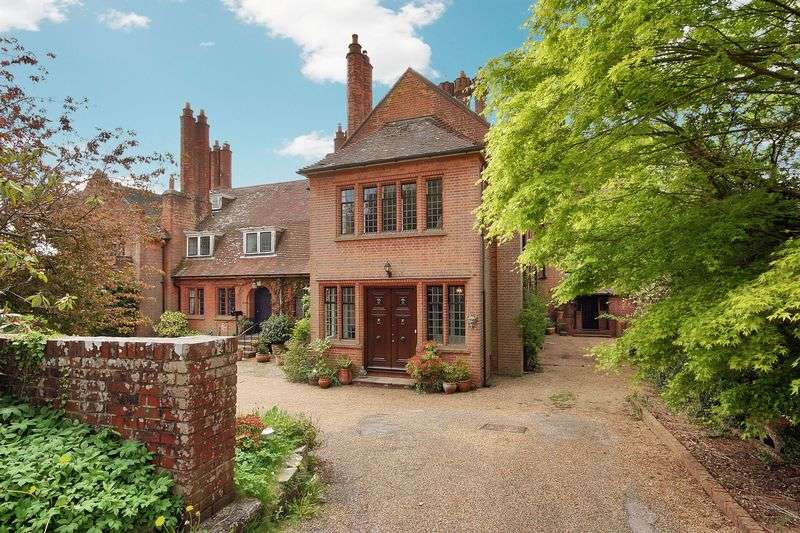 7 Bedrooms Property for sale in Chelwood Vachery, Millbrook Hill, Uckfield
