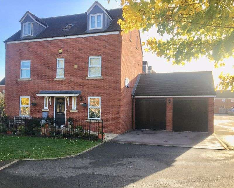 5 Bedrooms Property for sale in Lakenheath Kingsway, Gloucester