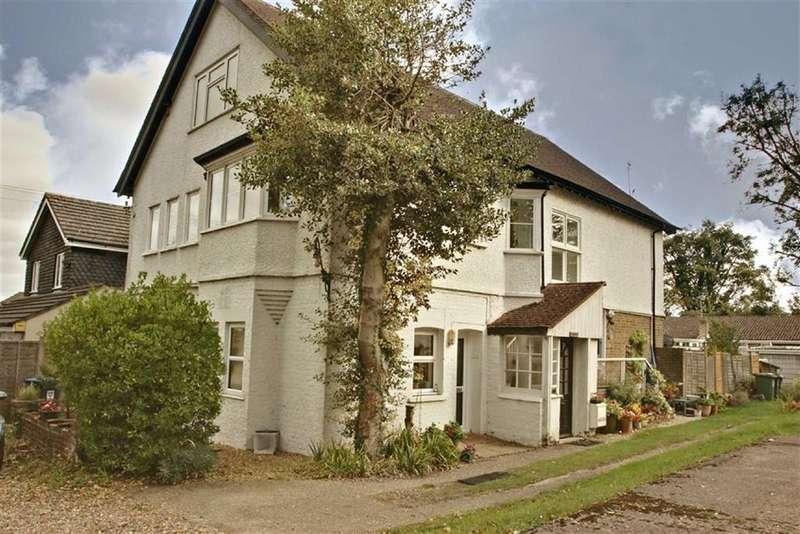 2 Bedrooms Maisonette Flat for sale in Kings Langley, Hertfordshire