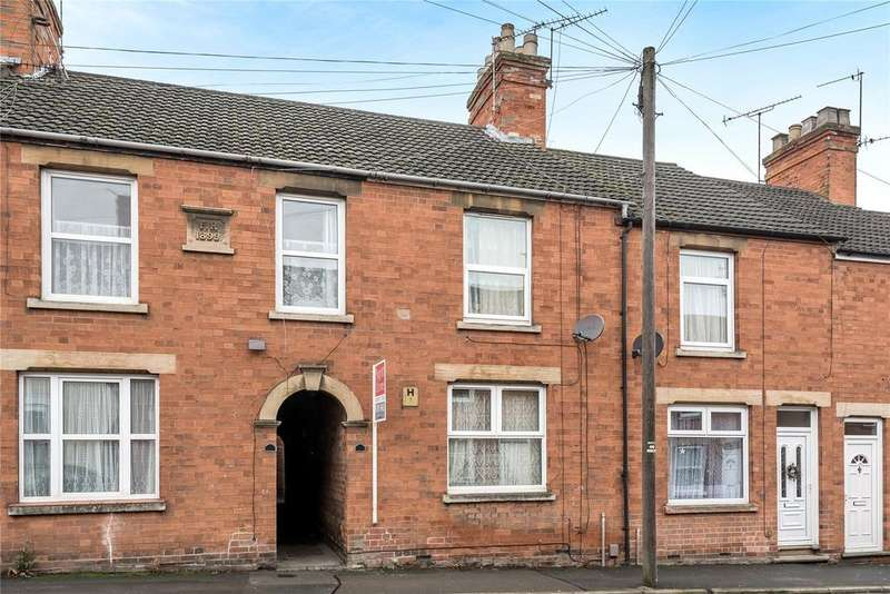 2 Bedrooms Terraced House for sale in Victoria Street, Grantham, NG31