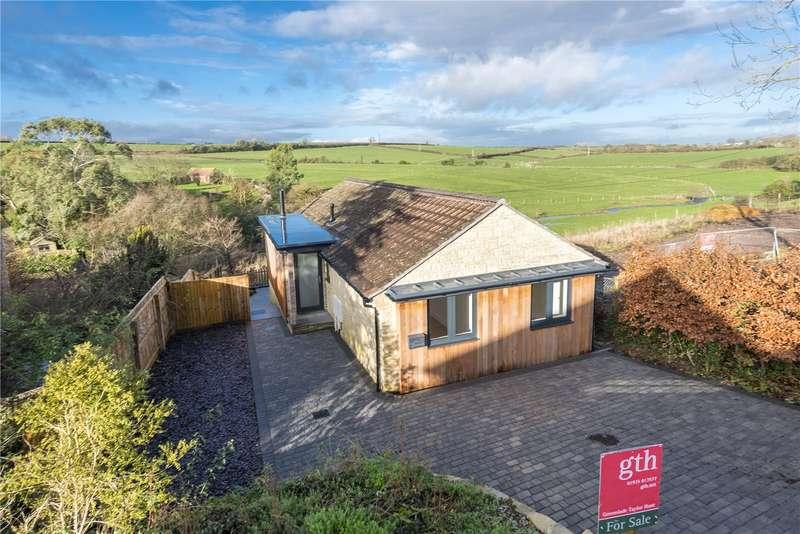 2 Bedrooms Detached Bungalow for sale in Lower Kingsbury, Milborne Port, Sherborne, Dorset, DT9