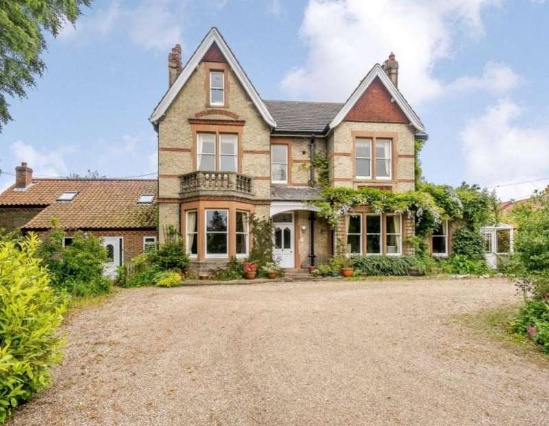 10 Bedrooms Detached House for sale in Limes Road, Catfield