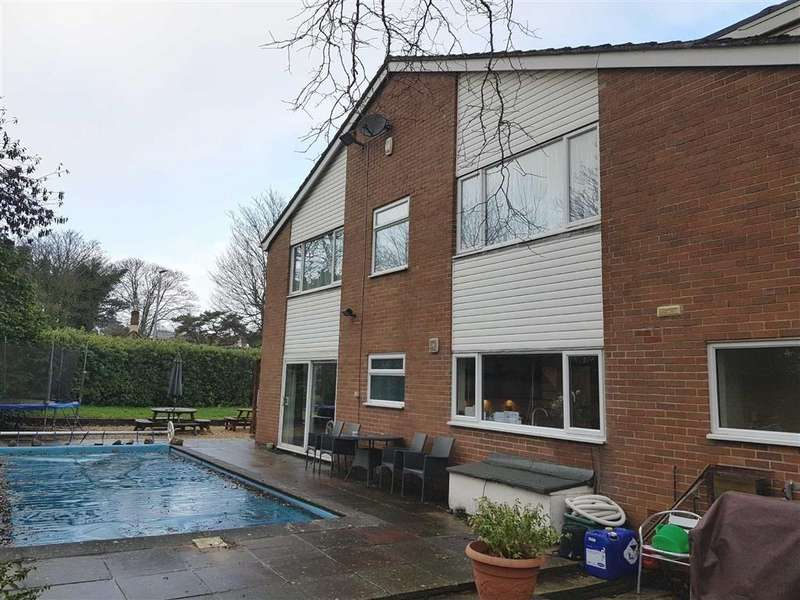 4 Bedrooms Detached House for sale in Berrow Road, Burnham On Sea