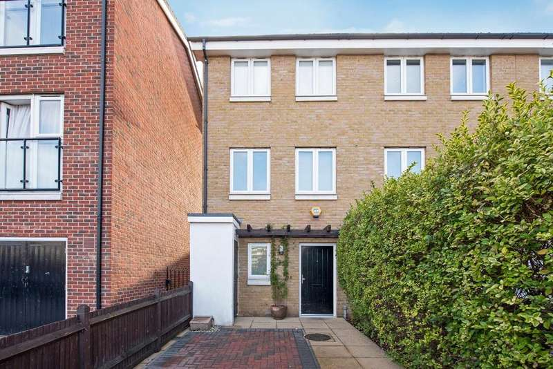 4 Bedrooms Terraced House for sale in Burcher Gale Grove, Peckham