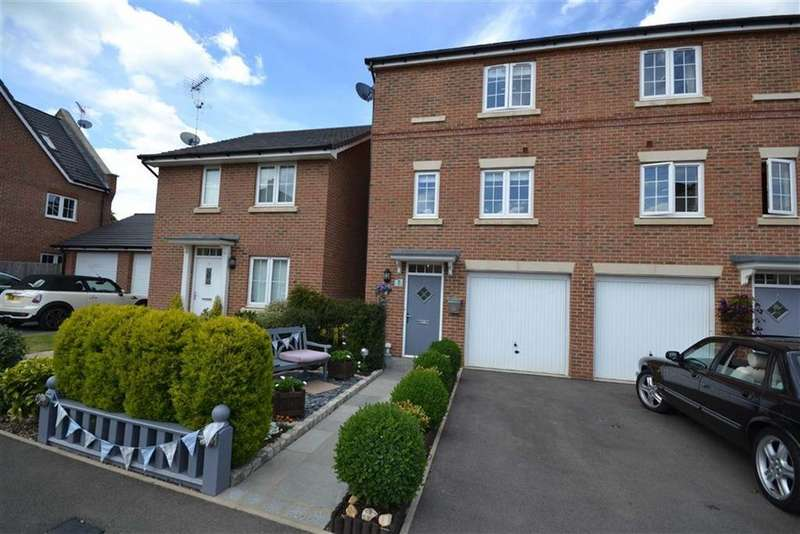 3 Bedrooms Town House for sale in Appleby Drive, Croxley Green, Rickmansworth Hertfordshire, WD3