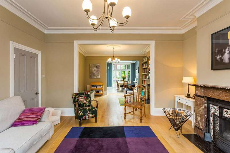 4 Bedrooms Property for sale in Berkeley Road, Crouch End, London, N8