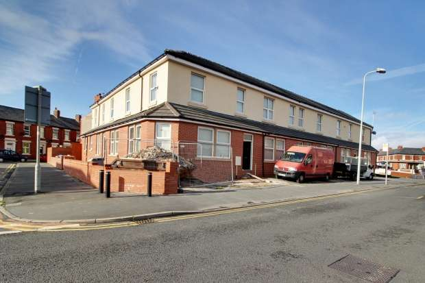 13 Bedrooms Residential Development Commercial for sale in Egerton Road, Blackpool, Lancashire, FY1 2NN