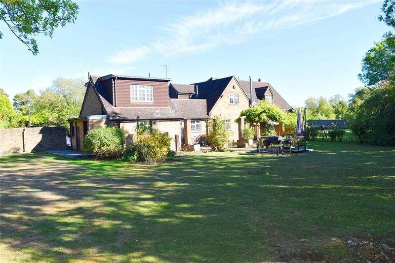 4 Bedrooms Detached House for sale in Bedford Road, Houghton Regis