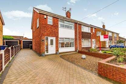 3 Bedrooms Semi Detached House for sale in Bylands Road, Middlesbrough
