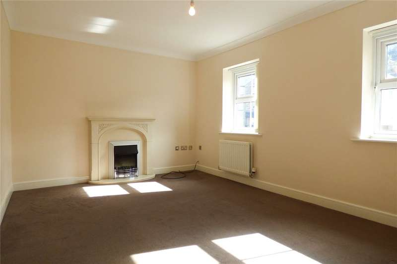 4 Bedrooms Terraced House for sale in Calico Crescent, Carrbrook, Stalybridge, Greater Manchester, SK15