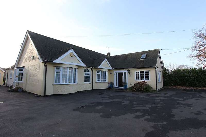 6 Bedrooms Detached House for sale in Halstead Road, Stanway, Colchester, Essex, co3 0jt