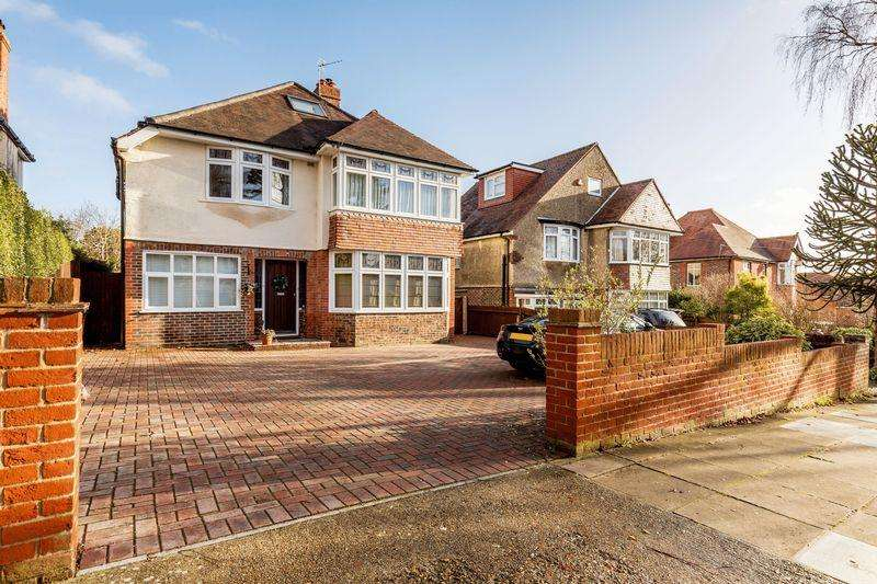5 Bedrooms Detached House for sale in Carmarthen Avenue, Portsmouth