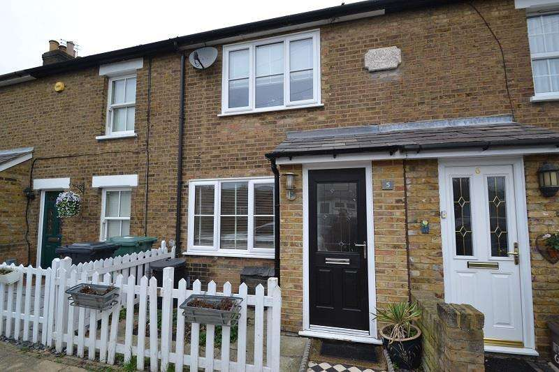 3 Bedrooms Terraced House for sale in Haward Road, Hoddesdon