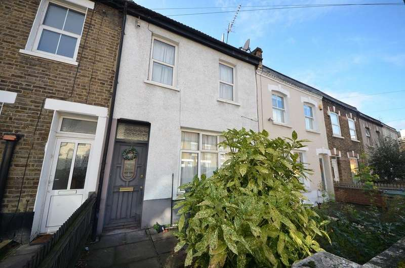 3 Bedrooms Terraced House for sale in Eardley Road SW16