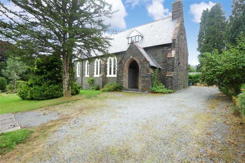 3 Bedrooms Semi Detached House for sale in Castle Terrace, Dolwyddelan, Betws Y Coed