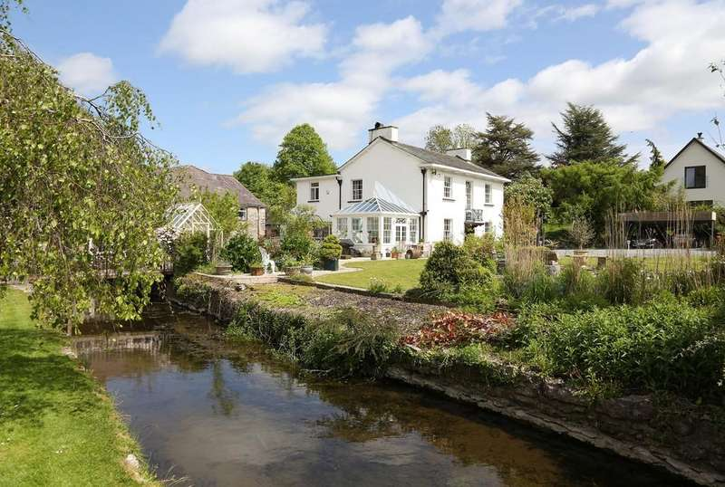 4 Bedrooms Detached House for sale in Bela House, Milnthorpe, Cumbria LA7 7QR