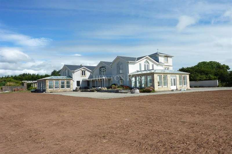 5 Bedrooms Detached House for sale in Llansteffan, Carmarthenshire