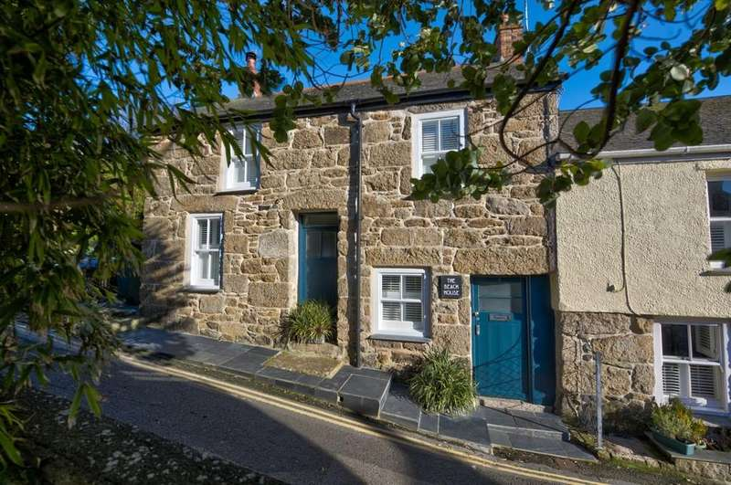 3 Bedrooms End Of Terrace House for sale in Foxes Lane, Mousehole