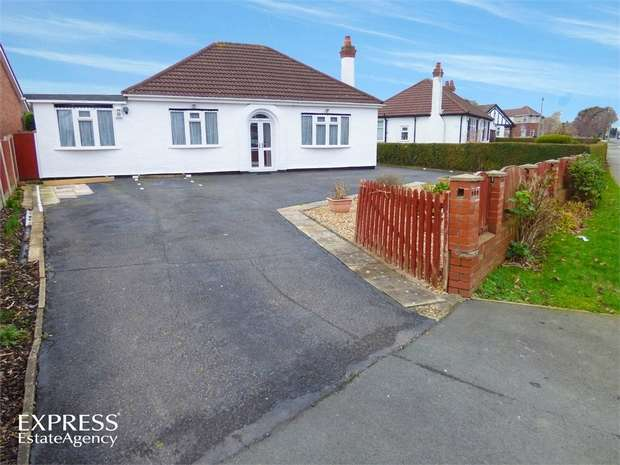 5 Bedrooms Detached Bungalow for sale in Saughall Road, Blacon, Chester, Cheshire