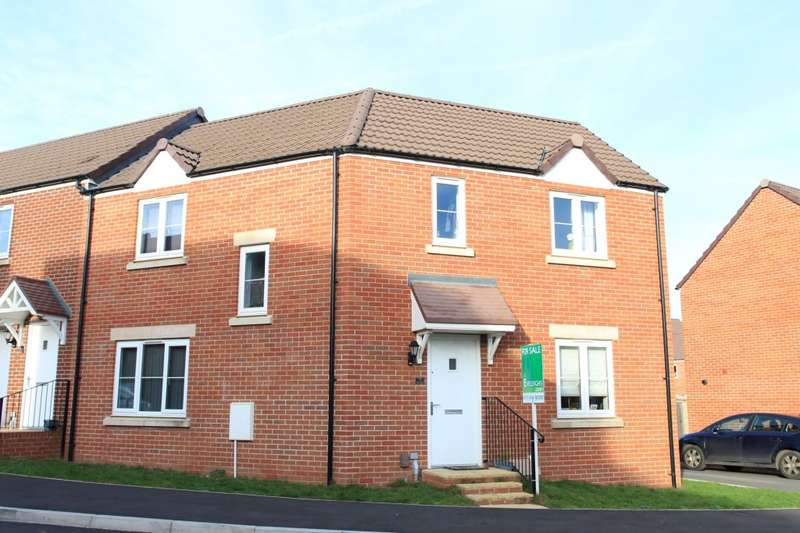 4 Bedrooms Semi Detached House for sale in The Mead, Keynsham, BS31