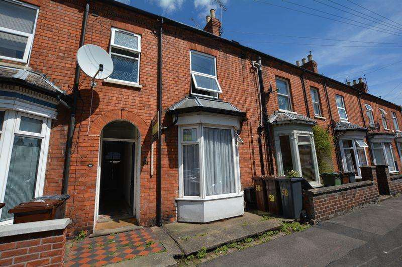 3 Bedrooms Terraced House for sale in Cranwell Street, Lincoln