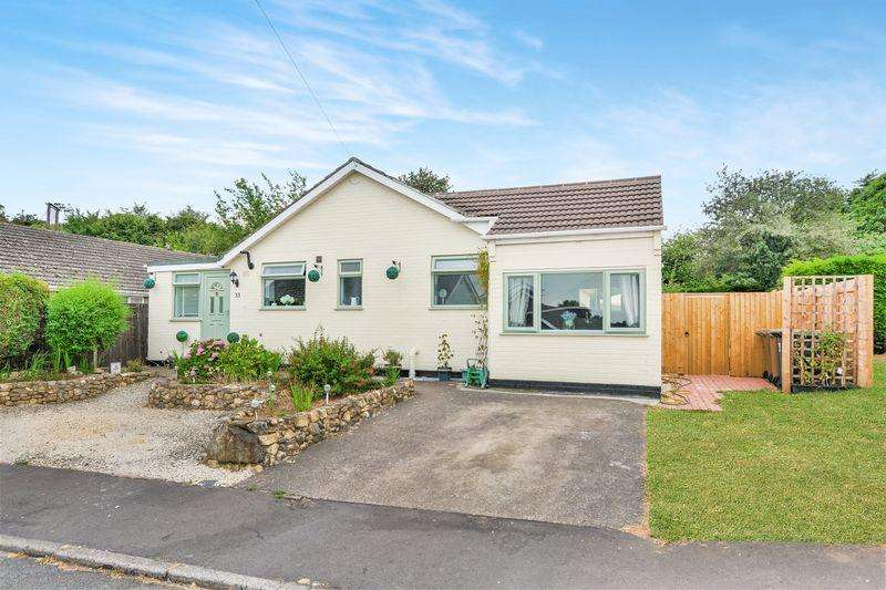 4 Bedrooms Bungalow for sale in Viking Way, Lincoln