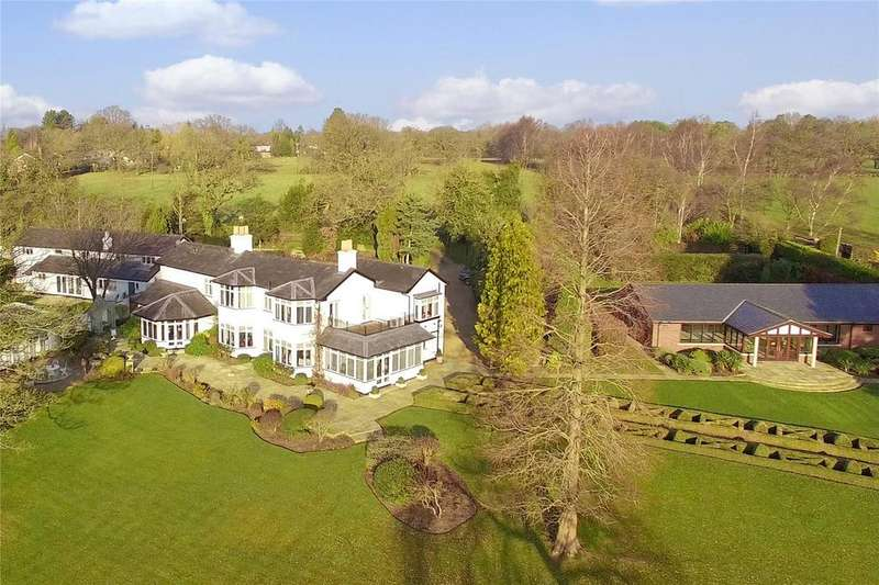 5 Bedrooms Detached House for sale in Hollies Lane, Wilmslow, Cheshire, SK9