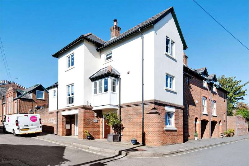 4 Bedrooms House for sale in Mews Lane, Winchester, Hampshire, SO22