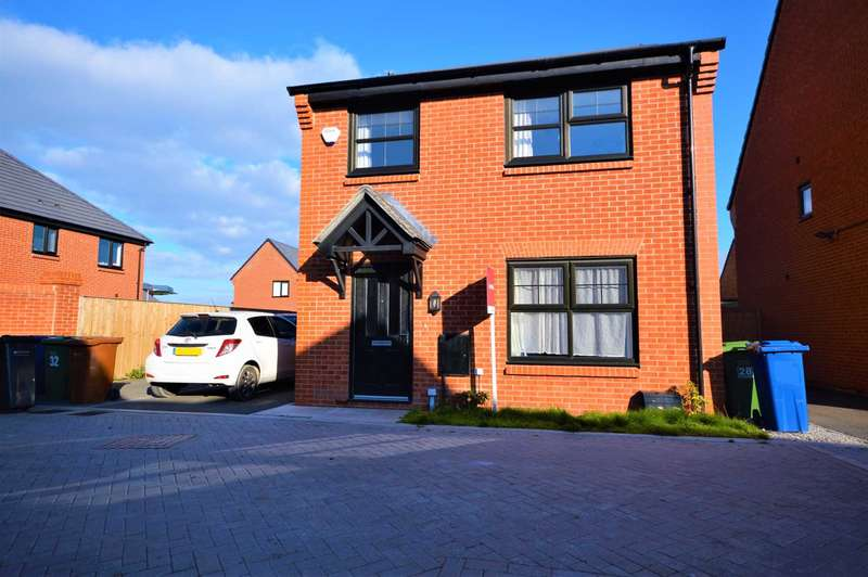 4 Bedrooms Detached House for sale in HAWTHORN AVENUE, Hazel Grove