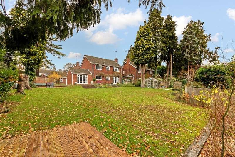 4 Bedrooms Detached House for sale in Leighton Buzzard