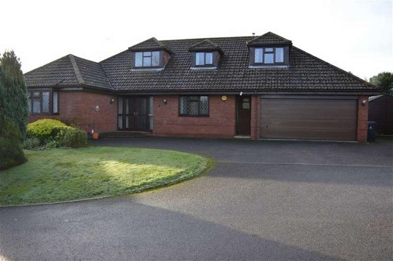 4 Bedrooms Chalet House for sale in Stone Lane, Wimborne, Dorset