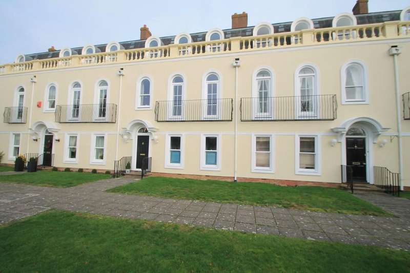 4 Bedrooms Town House for sale in Pipit Gardens, Aylesbury