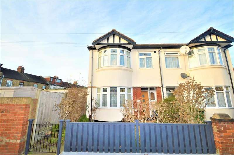 4 Bedrooms Semi Detached House for sale in Cavenham Gardens, Ilford