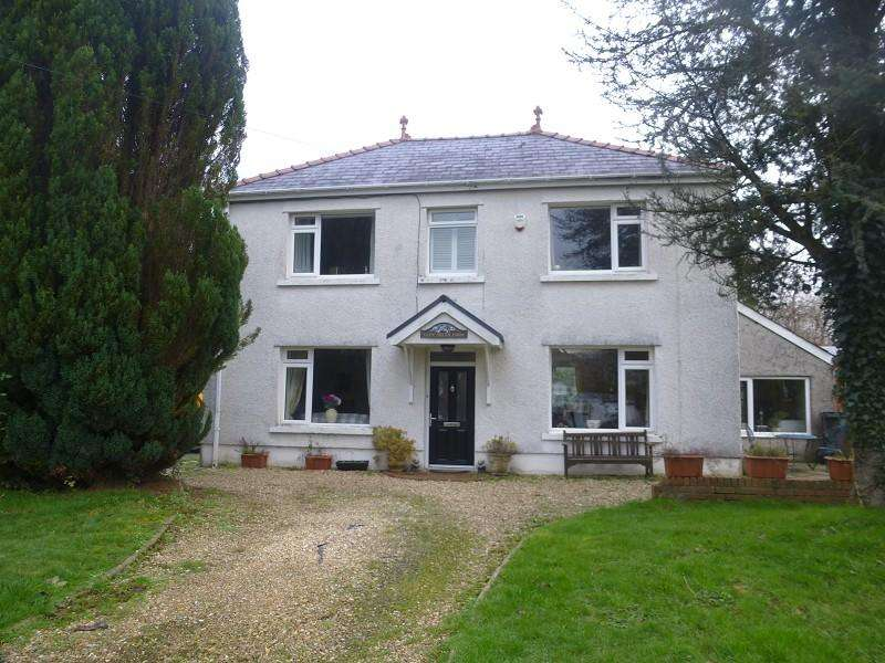 4 Bedrooms Detached House for sale in Glyn Road, Lower Brynamman, Ammanford, Neath Port Talbot.