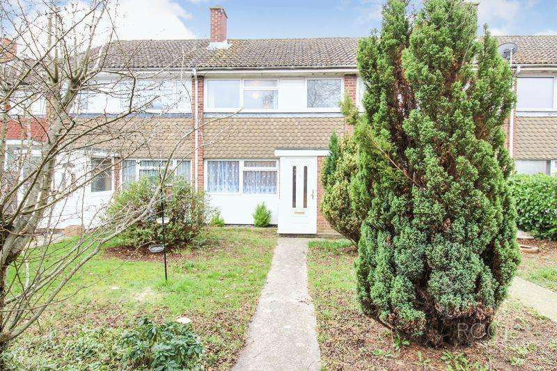 3 Bedrooms Terraced House for sale in Kestrel Close, Thatcham